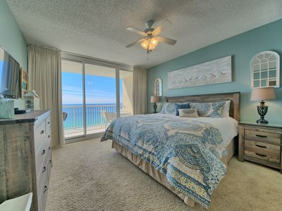 Photo for MAJESTIC BEACH  August-October REDUCED!