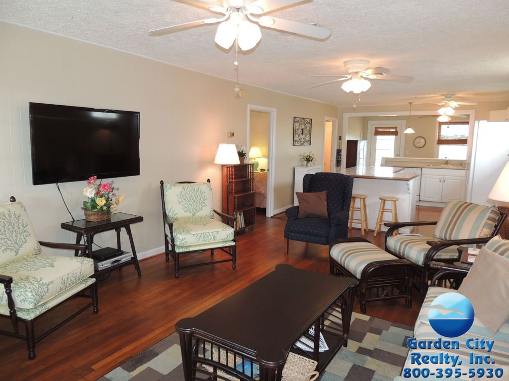 Creekside Cottage Channel Front In Garden City Beach With
