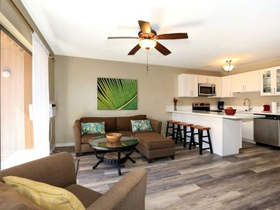 Photo for 1BR Apartment Vacation Rental in Lahaina, Hawaii