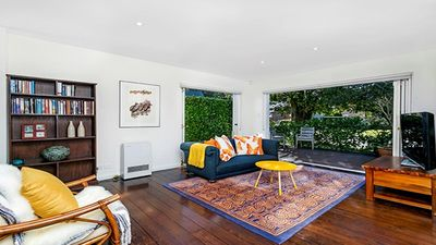 Photo for CAMM2 - Brand New Stylish Leafy 3BR Apartment