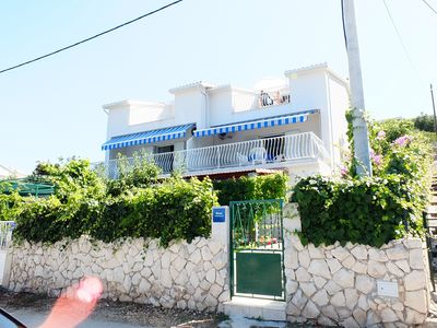 Photo for Holiday apartment Vinišće for 1 - 4 persons with 2 bedrooms - Holiday apartment