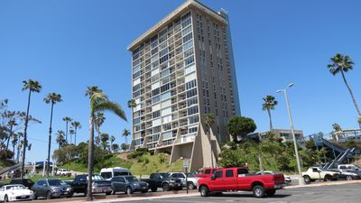 Photo for Panoramic Harbor Views from End Unit at Marina Towers Condo!!