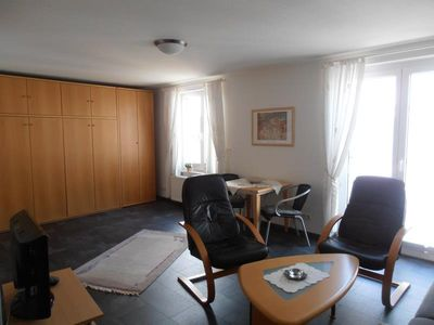 Photo for Duhner dune apartment 12, no smoking, W-Lan, lift, small balcony, beach and Zentrumsnah