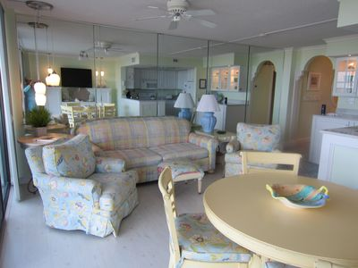 Photo for Magnificent oceanfront. Beautiful, comfortable and spotless condo