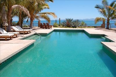 40 foot pool on the Sea of Cortez
