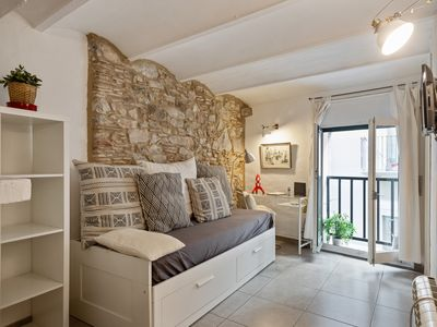 Photo for Spectacular apartment in the city center w/ air conditioning