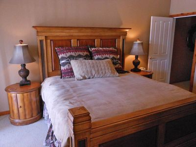 Photo for Wood Run 306D is a well-appointed deluxe townhome. True Ski in/Ski out.