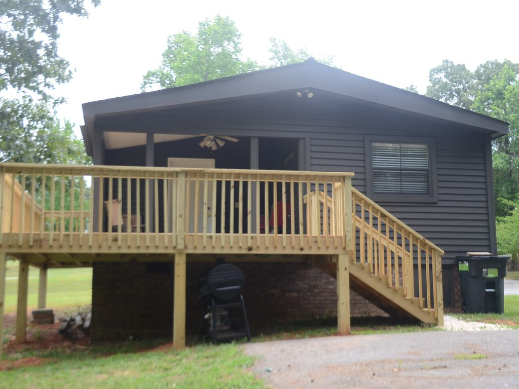 hartwell mountain com lodge momocrocs cabin affordable paradise x pool rentals cabins lake