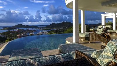 Photo for Sunset views, pool and luxury accomodation