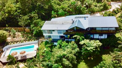 Photo for Treetops villa  Byronbay