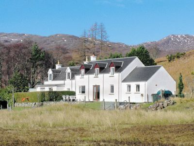 Photo for 3 bedroom property in Strathcarron. Pet friendly.