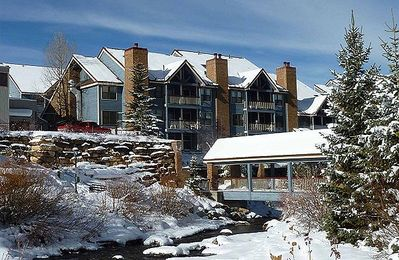 Photo for Updated Condo; Ski-In; Walk To Gondola or Downtown; Hotel-Style Amenities