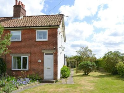 Photo for 3 bedroom accommodation in Catfield, near Ludham
