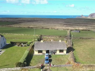 Photo for Comfortable holiday home on the beautiful Slea-Head-Drive/ WILD ATLANTIC WAY