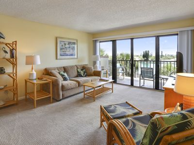 Photo for Land's End #404 building 1 - Top floor/private balcony with BAY views!!