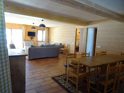 Photo for Large apartment full south comfort in the heart of the Three Valleys. Renovated 2016