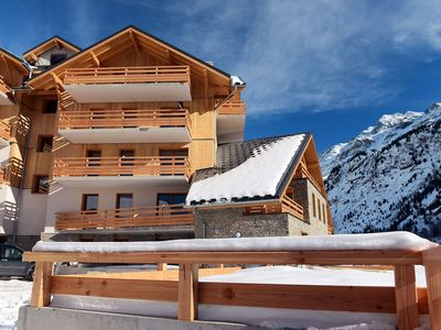 Photo for Pleasant holiday resort with indoor swimming pool in authentic Vaujany