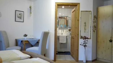 Photo for Double room with toilet and shower - Gästehaus Waldblick
