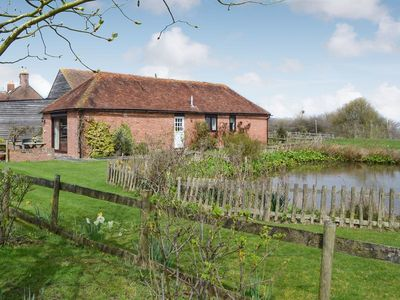 Photo for 2 bedroom accommodation in Peasmarsh, nr Rye