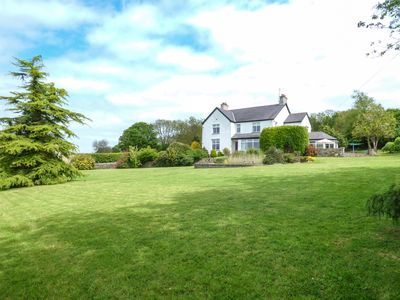 Photo for 5BR Cottage Vacation Rental in Llangefni