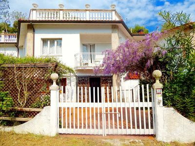 Photo for N143 - Numana, beautiful three-room apartment 100 meters from the sea