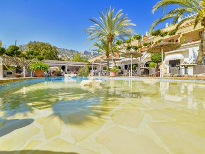 Photo for One bedroom Apartment, sleeps 3 with Air Con, FREE WiFi and Walk to Beach & Shops