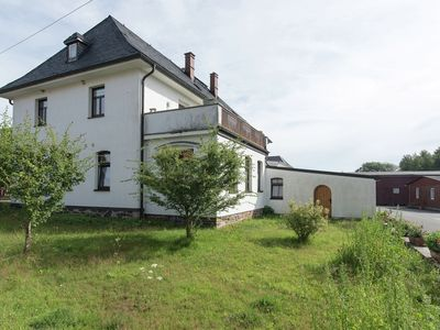 Photo for Cosy holiday home in Vogtland at edge of forest, with garden and stableyard