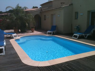 Photo for Villa with pool near the beach, for 4 people, fully equipped
