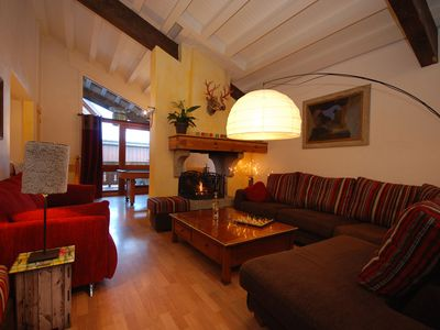 Photo for Large appartment Les Crocus, next to the ski slopes