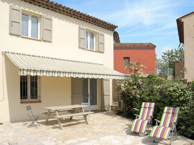 Photo for 3 bedroom Villa, sleeps 6 in Fayence with Pool, Air Con and WiFi