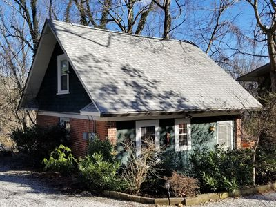 Photo for Asheville Cottage - In town w/i Minutes to Biltmore & Downtown, Family-friendly