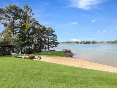 Photo for Comfy Cottage with Shared Waterfront on Silver Lake