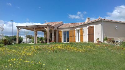 Photo for Villa on the outskirts of a village 25 km from Narbonne beach