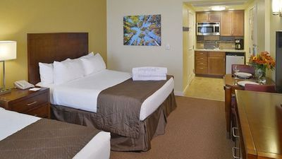 Photo for Lake Tahoe Vacation Resort - Shuttle to Heavenly! Pool, Hot Tub and Gym!