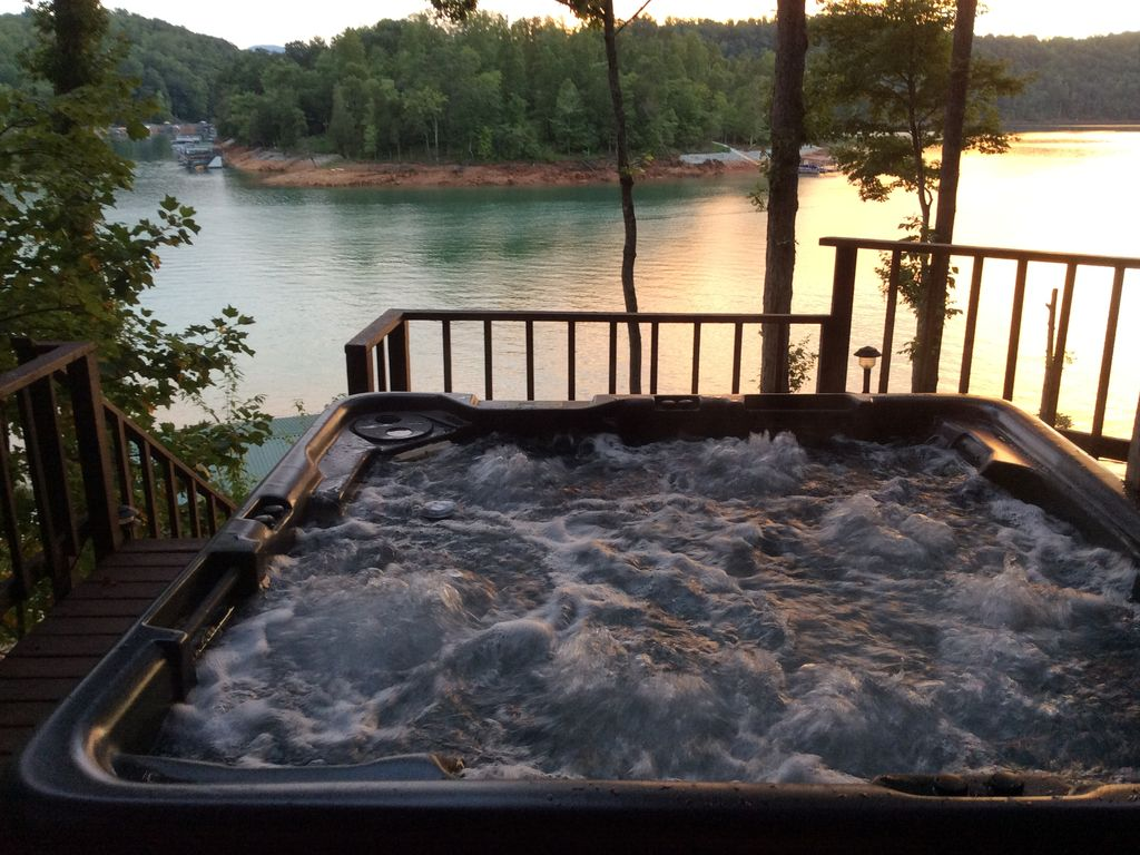 endless by view tub pools dayton above hot to click s treadmill tubs machine swim image watson ohio
