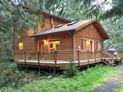 Photo for Mt Baker Rim Cabin #64 - Pet friendly cabin near skiing and hiking!