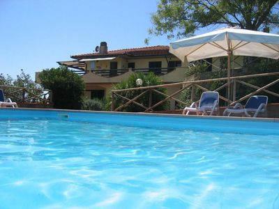 Photo for Part of a beautiful villa with swimming pool and garden, 4 km from the sea