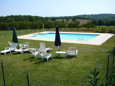 Photo for Spacious cottage for 8 people, 4 bedrooms in a peaceful swimming pool near Sarlat