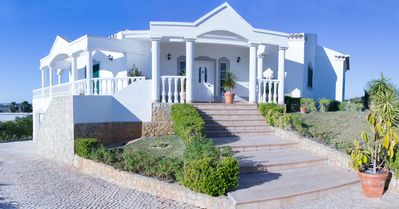 Photo for Family Friendly Villa with private pool, air conditioning, Wi-Fi, 11942/AL
