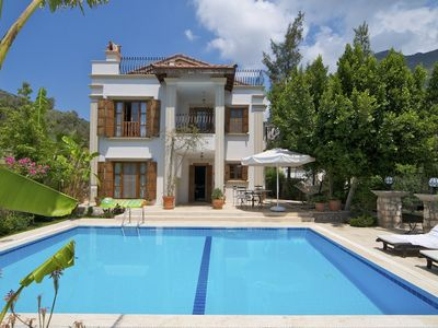 Photo for Luxury Spacious, very private Villa with own pool and sea views.