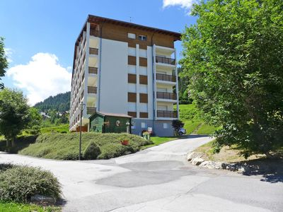 Photo for Beautiful apartment for 4 guests with pool, WIFI, TV, balcony and parking