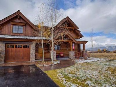Photo for Premier Three Bedroom Luxury Cabin in Teton Springs Resort, 45 minutes from Jackson Hole