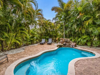 La Coconut: Private Home With Heated Pool-Less Than Two Minute Walk To Beach