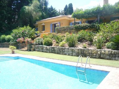 Photo for Beautiful light and airy villa on one storey with stunning, mature garden