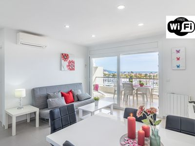 Photo for Apart-Rent-Apartment with WIFI, canal and sea view (0175)