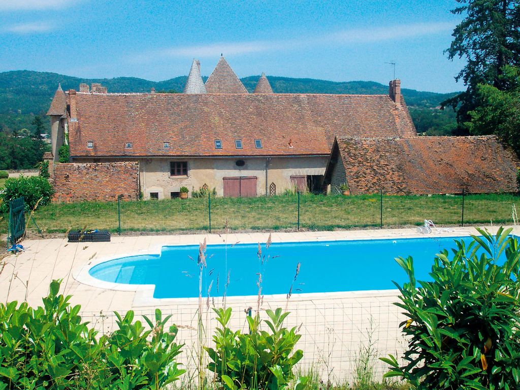 Maison de vacances privée avec piscine, WIFI, TV, machine à laver, animaux admis, parking