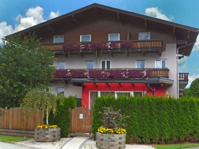 Photo for Apartment Rupertus in Zell am See - 5 persons, 2 bedrooms