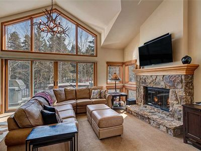 Photo for Near downtown Breck, pool access, private garage & hot tub!
