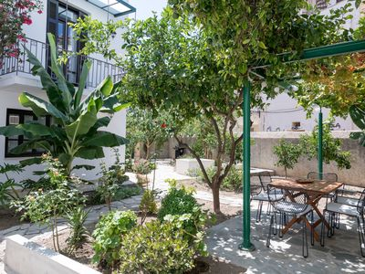 Photo for A modern house with big sunny garden located in the city center