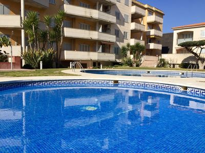Photo for Apartment with pool and near the sea